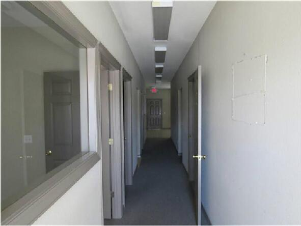 809 S.E. 28th St. Unit #3, Bentonville, AR 72712 Photo 6