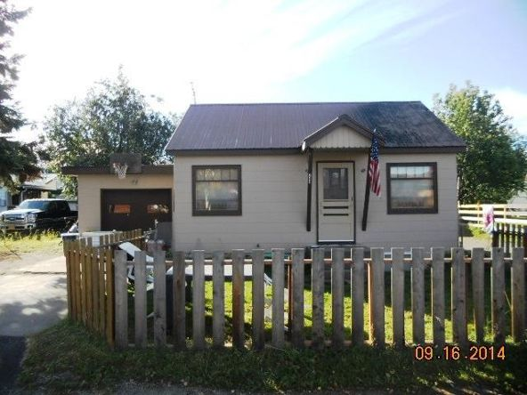 241 Ellingson St., Fairbanks, AK 99701 Photo 2