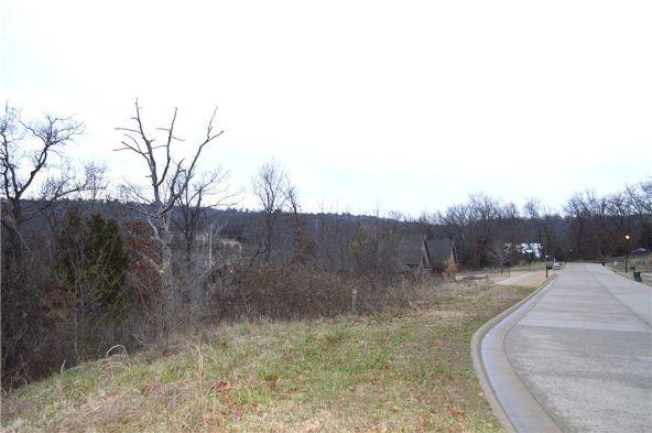 189 N. Skyview Ln., Fayetteville, AR 72701 Photo 2