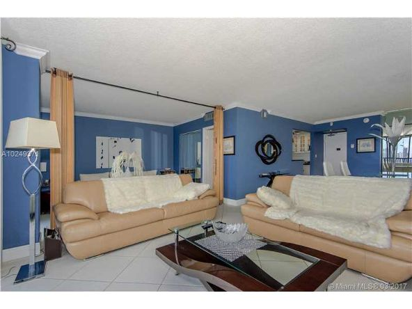 20301 West Country Club Dr., Aventura, FL 33180 Photo 11
