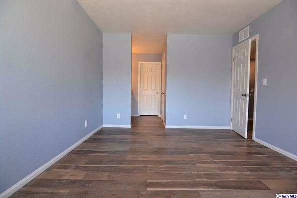 27123 Crossglade Avenue, Canyon Country, CA 91351 Photo 16