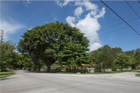601 Sunset Rd., Coral Gables, FL 33143 Photo 4