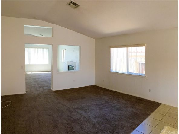 17598 Fisher St., Victorville, CA 92395 Photo 6