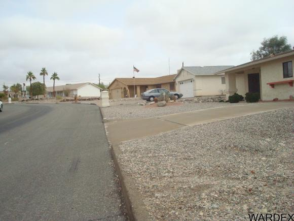 2702 Tradewind Dr., Lake Havasu City, AZ 86403 Photo 4