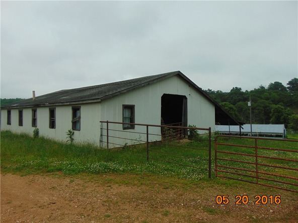 80 County Rd. 638, Green Forest, AR 72638 Photo 6