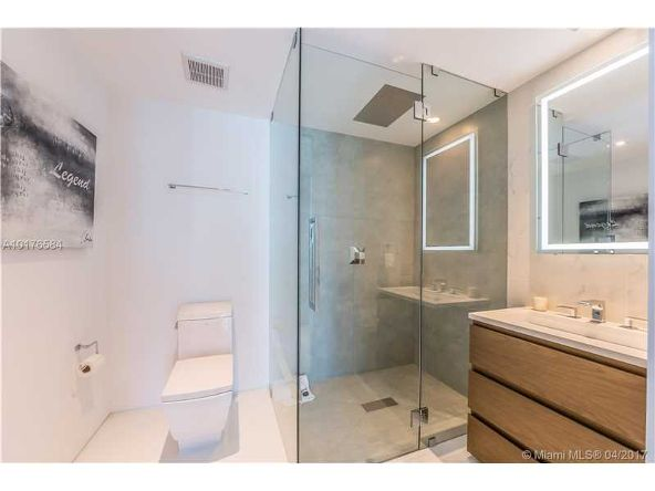 300 S. Pointe Dr. # 3105, Miami Beach, FL 33139 Photo 18