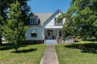 Home for sale: 202 E. Bush St., Prairie Grove, AR 72753