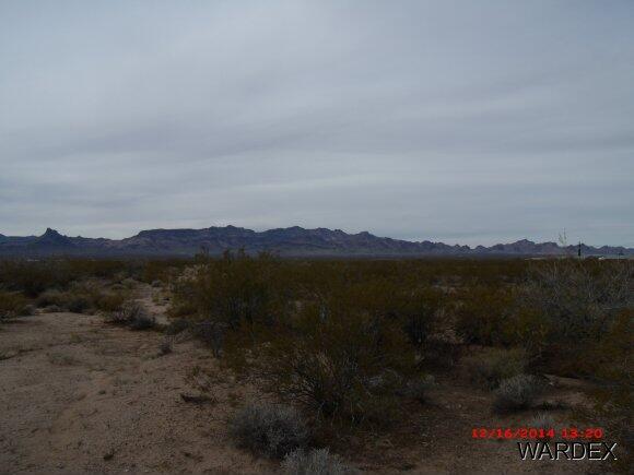 4899 W. Vaquero Dr., Golden Valley, AZ 86413 Photo 1