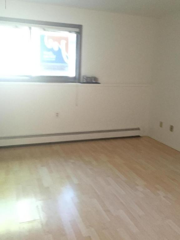 1600 Eastridge Dr., Anchorage, AK 99501 Photo 3
