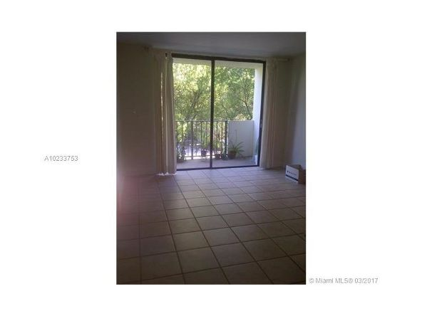 1673 Bay Rd. # 303, Miami Beach, FL 33139 Photo 2