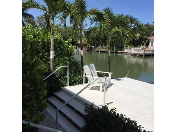 3921 North Meridian Ave., Miami Beach, FL 33140 Photo 2
