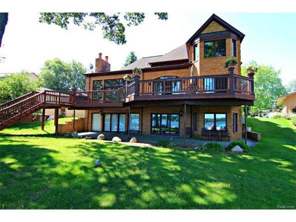 7290 Williams Lake Rd., Waterford, MI 48329 Photo 5