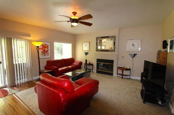 7390 N. Gilroy Avenue, Fresno, CA 93722 Photo 30