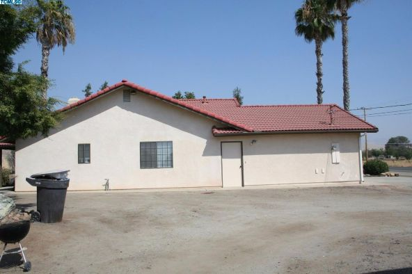 2288 East Roby Avenue, Porterville, CA 93257 Photo 31