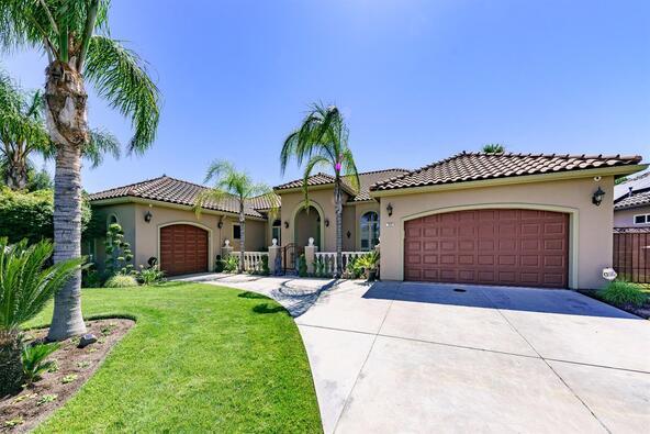 7523 N. Antioch, Fresno, CA 93722 Photo 1