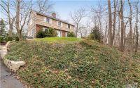Home for sale: 68 Ketewomoke Dr., Huntington, NY 11743