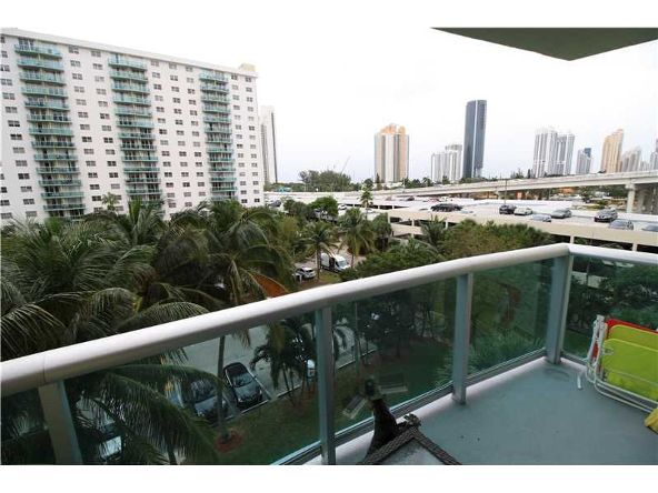 19390 Collins Ave. # 508, Sunny Isles Beach, FL 33160 Photo 25