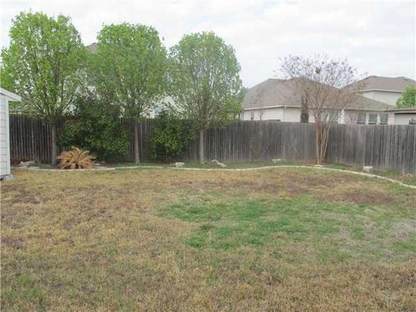124 Hyltin, Hutto, TX 78634 Photo 3