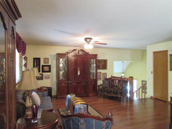 255 N. Shefford, Wichita, KS 67212 Photo 2