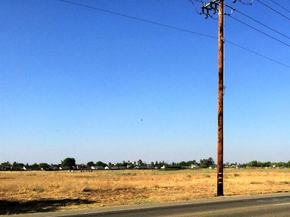 4865 East Jensen Avenue, Fresno, CA 93725 Photo 4