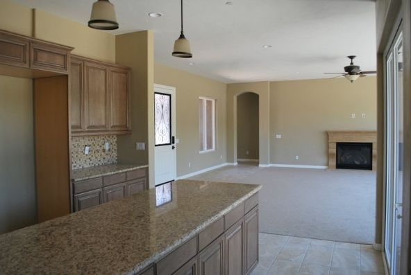 925 Barristo Circle, La Quinta, CA 92253 Photo 4