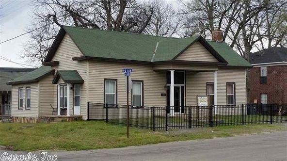 211 E. Oak St., Searcy, AR 72143 Photo 1