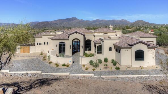 7658 E. Nonchalant Avenue, Carefree, AZ 85377 Photo 2