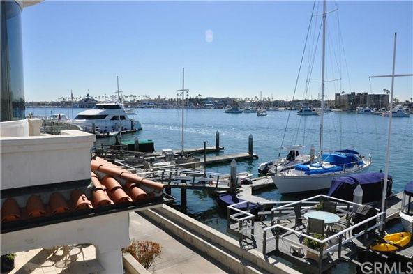 132 S. Bay Front, Newport Beach, CA 92662 Photo 4