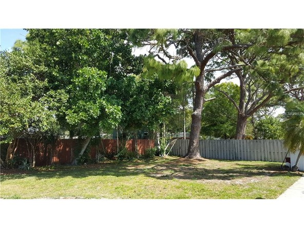 6916 Alderwood Dr., Sarasota, FL 34243 Photo 31