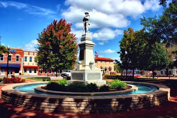 2100 N.W. Turner Dr., Bentonville, AR 72712 Photo 30