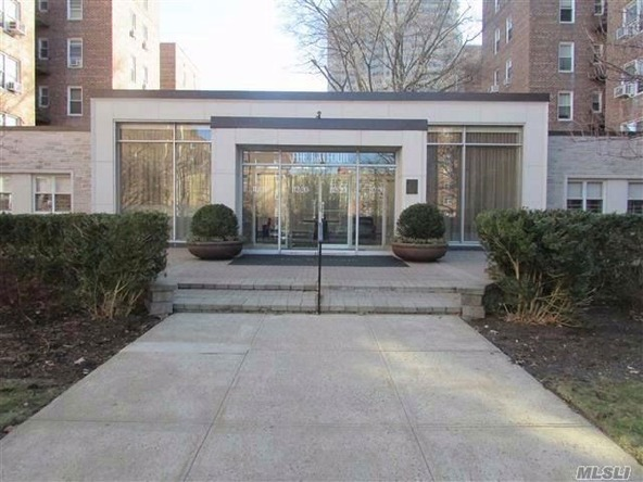 112-20 72 Dr., Forest Hills, NY 11375 Photo 2