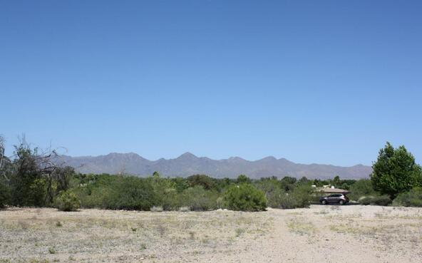 7670 N. Invergordon Rd., Paradise Valley, AZ 85253 Photo 5