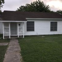 Home for sale: 120 Charlotte, Port Lavaca, TX 77979