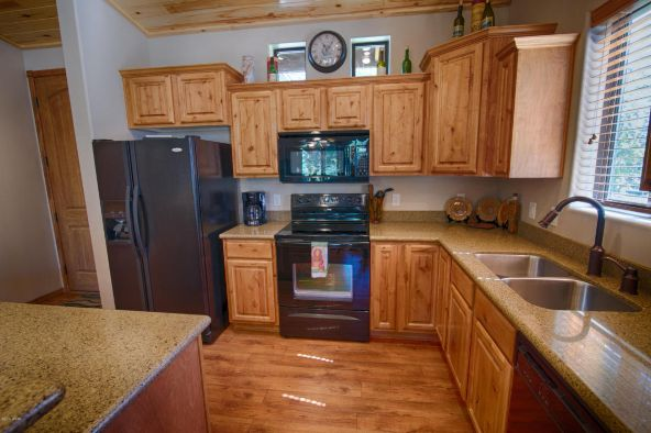 1151 Spirea Ln., Show Low, AZ 85901 Photo 10