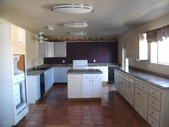11784 E. Hawk Dr., Mayer, AZ 86333 Photo 33
