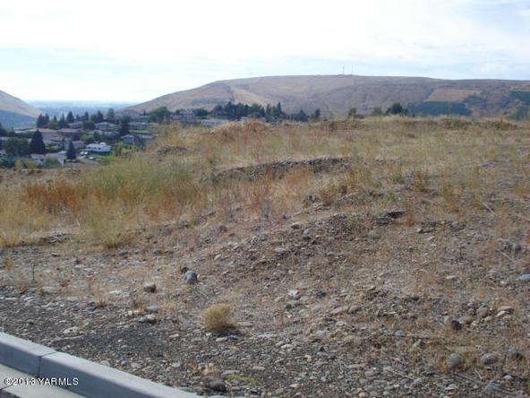 1200 Heritage Hills Dr., Selah, WA 98942 Photo 1