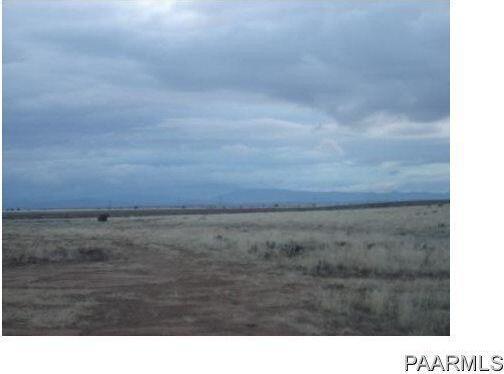 24602 N. Laredo Ln., Paulden, AZ 86334 Photo 1