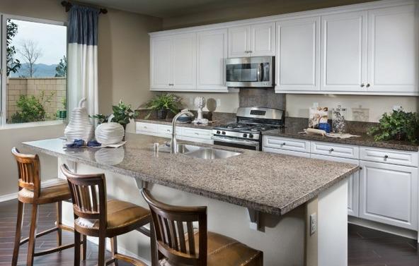 31724 Desert Holly Place, Murrieta, CA 92563 Photo 8