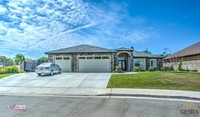 Home for sale: 9131 Cortona Ct., Bakersfield, CA 93314