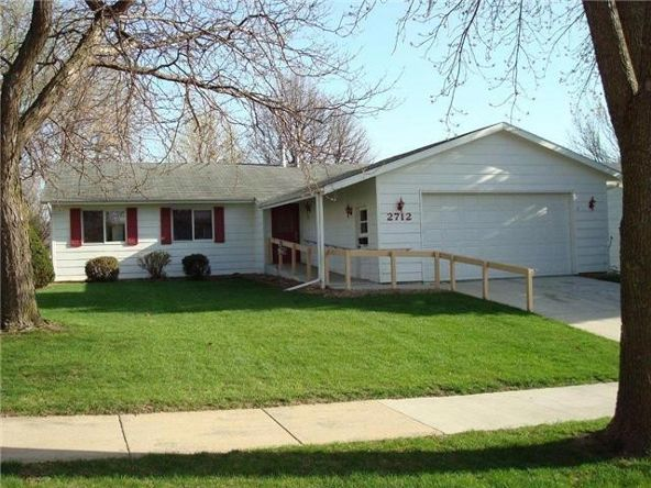 2712 24th St. N.W., Rochester, MN 55901 Photo 4