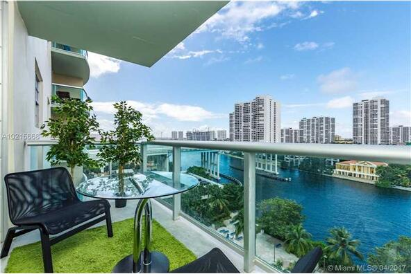 19390 Collins Ave. # 701, Sunny Isles Beach, FL 33160 Photo 2