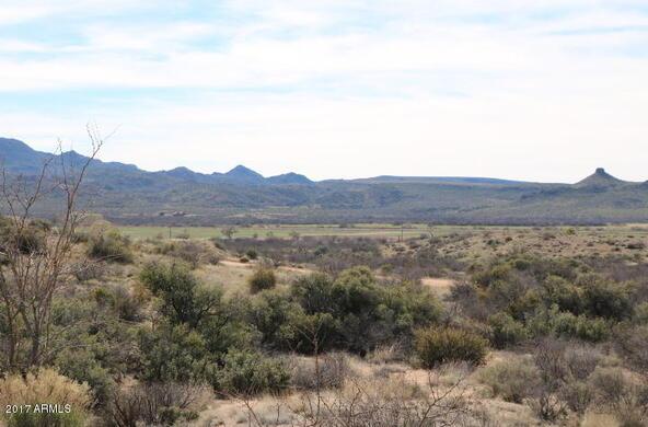 7800 S. Rolling Hills Dr., Kirkland, AZ 86332 Photo 1