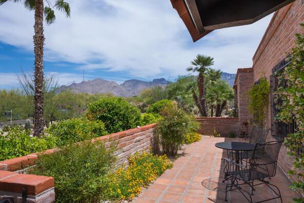 1122 E. Via Entrada, Tucson, AZ 85718 Photo 3