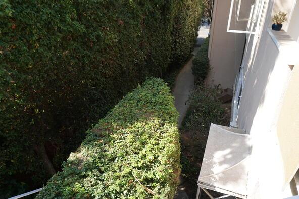 858 Moraga Dr., Los Angeles, CA 90049 Photo 69