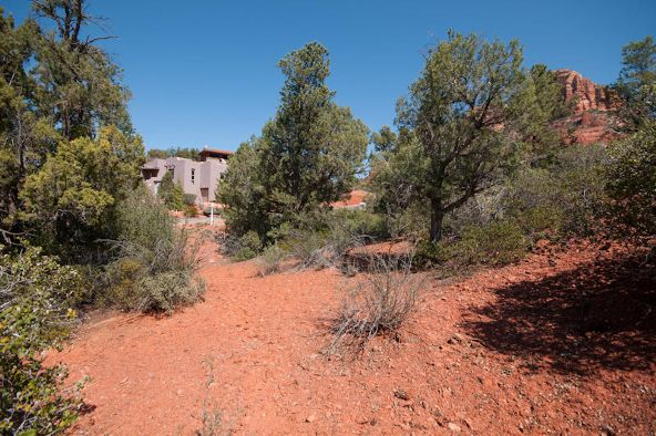 325 Acacia, Sedona, AZ 86336 Photo 2