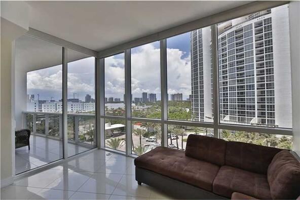 18101 Collins Ave. # 808, Sunny Isles Beach, FL 33160 Photo 11