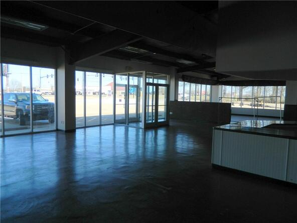1395 Henri de Tonti Blvd. Unit #Multiple Suites, Springdale, AR 72762 Photo 27