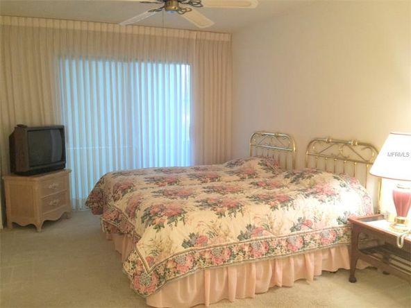 554 Lakeside Dr., Bradenton, FL 34210 Photo 9