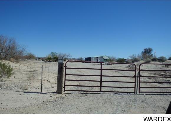 28515 Desert Heights Dr., Bouse, AZ 85325 Photo 14
