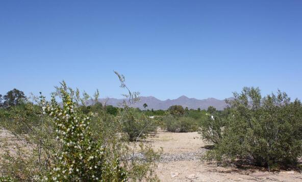 7670 N. Invergordon Rd., Paradise Valley, AZ 85253 Photo 1